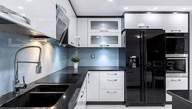 moderne crne kuhinje